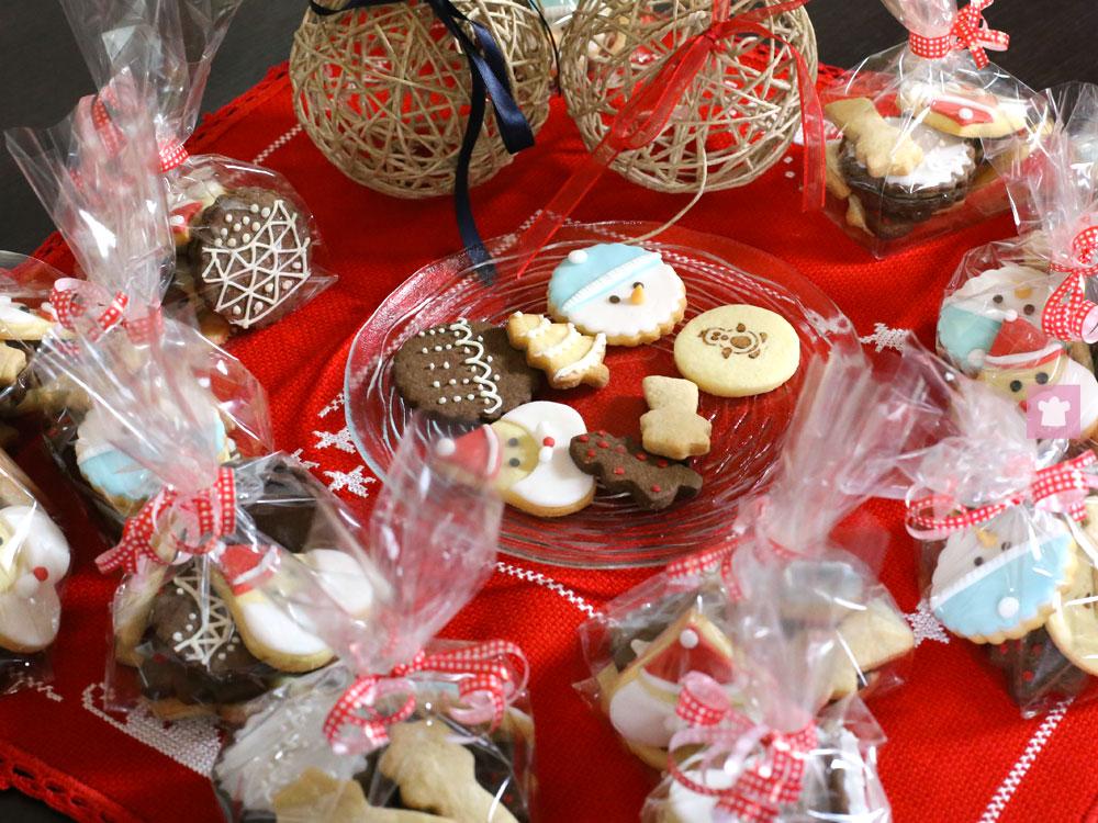 Idee Per Confezionare Biscotti Di Natale.Natale Regala I Biscotti E Il Kit Per Prepararli